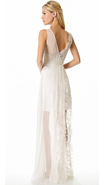 Love, Yu Escape Gown