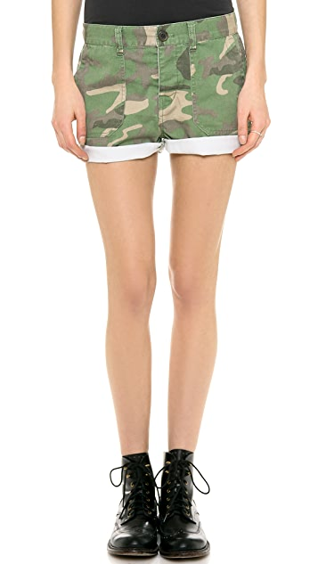 Madewell Cargo Shorts in Camo