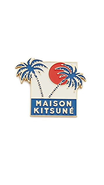 Maison Kitsune Palm Tree Pin