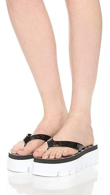 MM6 Printed Flip Flops