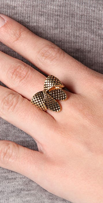 Marc by Marc Jacobs Bow Wow Wow Anabella Ring