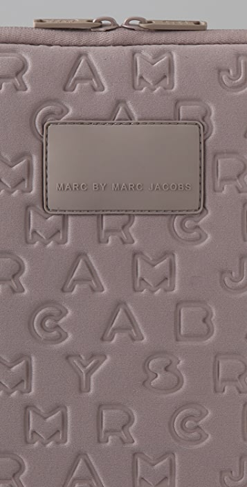 Marc by Marc Jacobs Jumble Logo 15