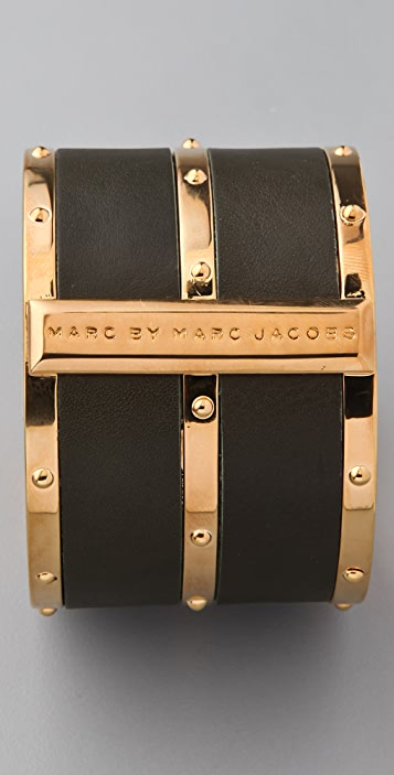 Marc by Marc Jacobs Concrete Jungle Leather Bangle