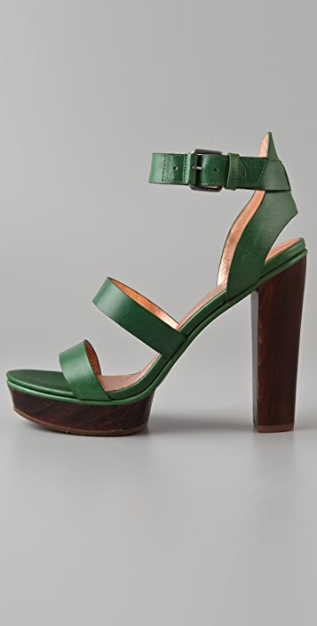 Marc by Marc Jacobs Plat High Heel Sandals