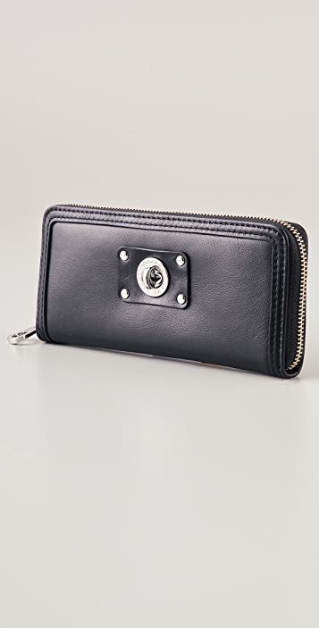 Marc by Marc Jacobs Totally Turnlock Slim Zip Around Wallet