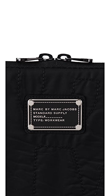 Marc by Marc Jacobs Pretty Nylon 15
