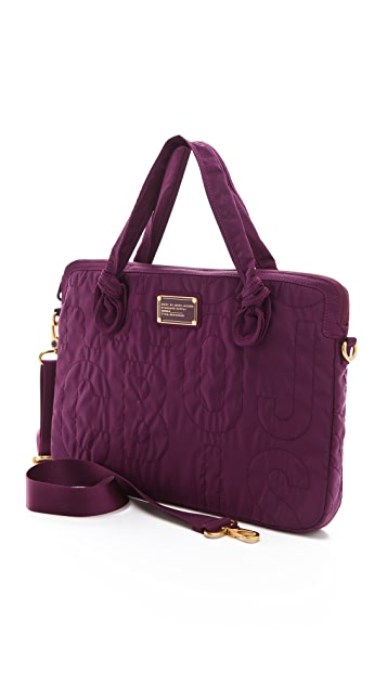 Marc by Marc Jacobs Pretty Nylon Solid 15