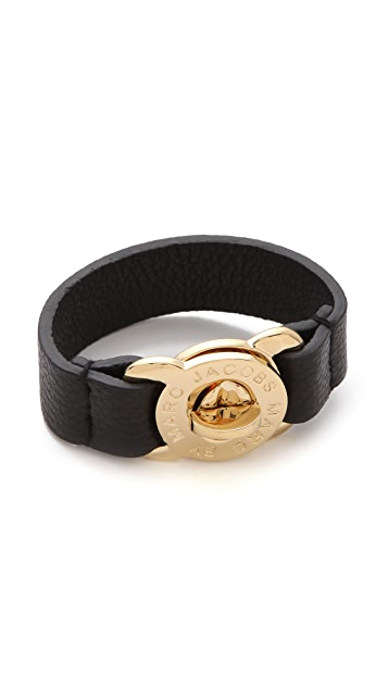Marc by Marc Jacobs Large Turnlock Leather Bracelet