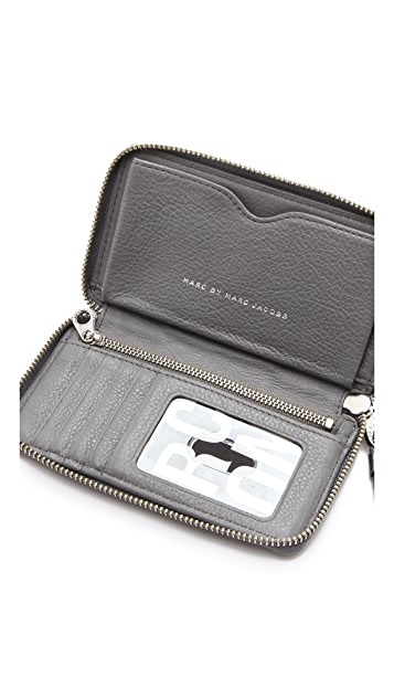 Marc by Marc Jacobs Classic Q Wingman