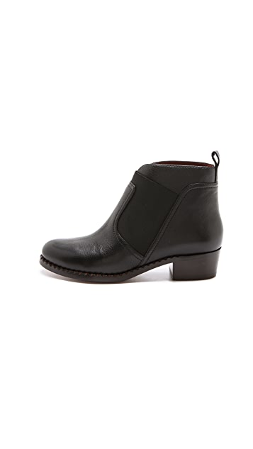 Marc by Marc Jacobs Pull On Booties