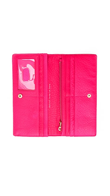 Marc by Marc Jacobs Sophisicato Single Snap Long Wallet