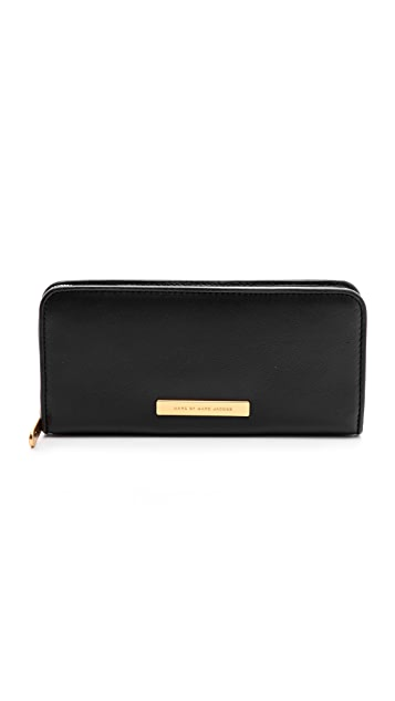 Marc by Marc Jacobs Luna Slim Zip Around