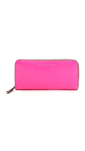 Marc by Marc Jacobs Sophisticato Colorblocked Slim Zip Wallet