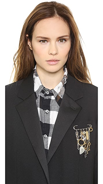 Marc by Marc Jacobs Judy Blame Collaboration Pin