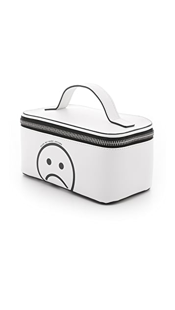 Marc by Marc Jacobs Sophisticato Unsmiley Cosmetic Case