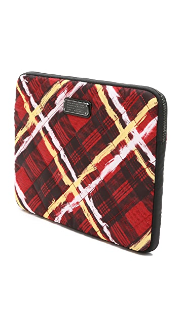 Marc by Marc Jacobs #WrappedUp Treat Crosby Quilt Print 13