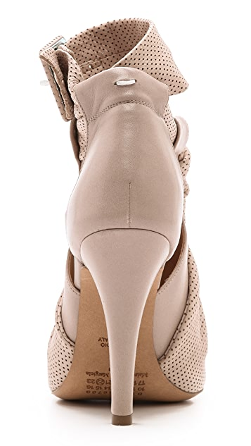 Maison Margiela Leather Knot Sandals