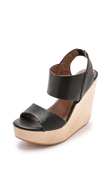 Matiko Liza Wedge Sandals