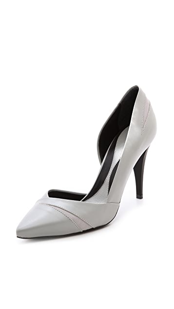McQ - Alexander McQueen Lex Slash Pumps