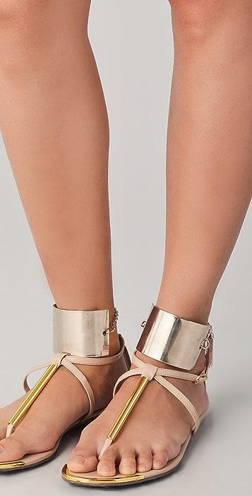 Mettle Fisty Cuffs