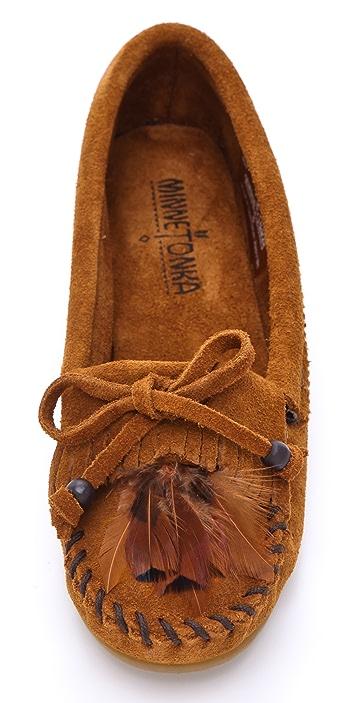 Minnetonka Feather Moccasins