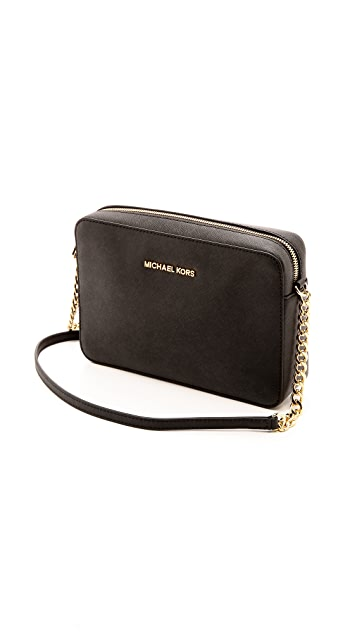 7fe11854b4076 ... MICHAEL Michael Kors Jet Set Cross Body Bag ...