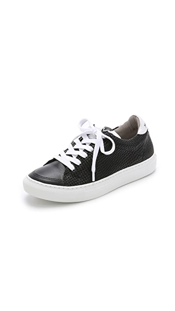 Modern Vintage Shoes Giada Low Top Sneakers