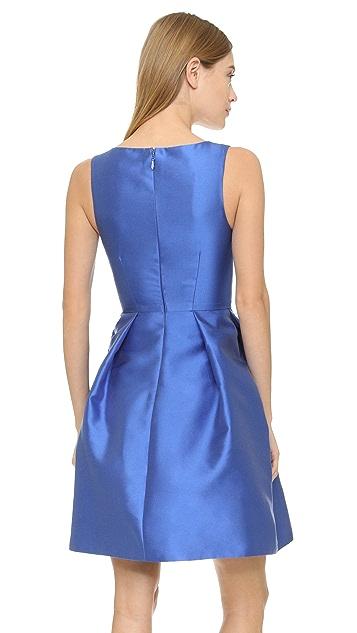 Monique Lhuillier Sleeveless Dress