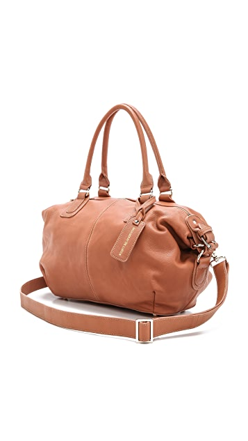 Monserat De Lucca Artacho Satchel