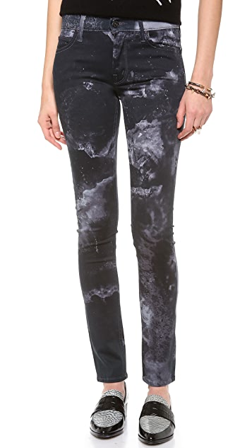 MOTHER Freja + MOTHER The Muse Straight Skinny Jeans