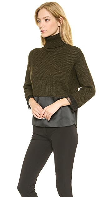 No. 21 Turtleneck Sweater