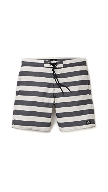 2c7357f053 Obey Mainline Street Trunks | EAST DANE