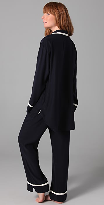 ONE by Ari Dein Boutique Hotel Pajamas Set