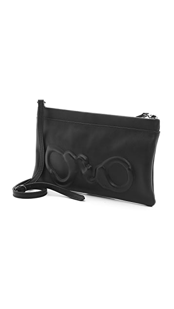 ONE by Vlieger & Vandam Handcuff Clutch