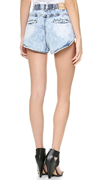 One Teaspoon Hendrix New Elastic Runner Shorts