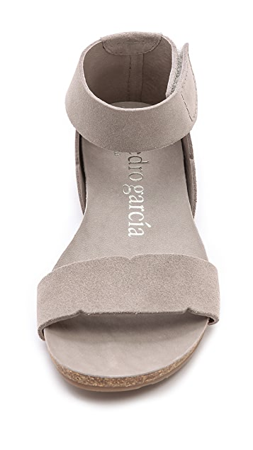 Pedro Garcia Jennifer Two Band Flat Sandals