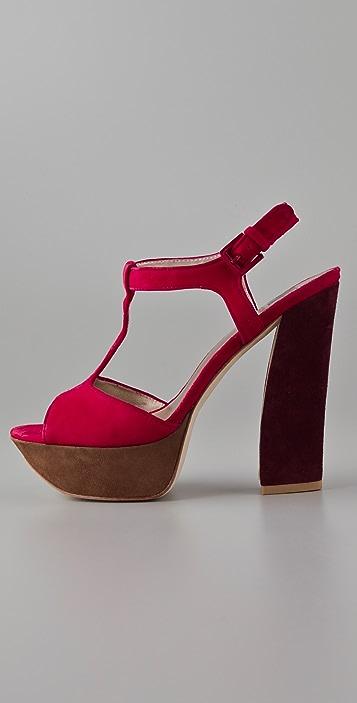 Pelle Moda Yvanka Platform Sandals