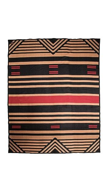 Pendleton, The Portland Collection Pinyon Stripe Robe Blanket