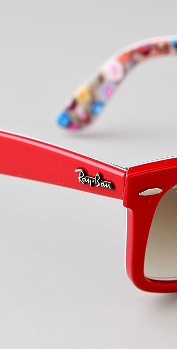 Ray-Ban Comics Wayfarer Sunglasses