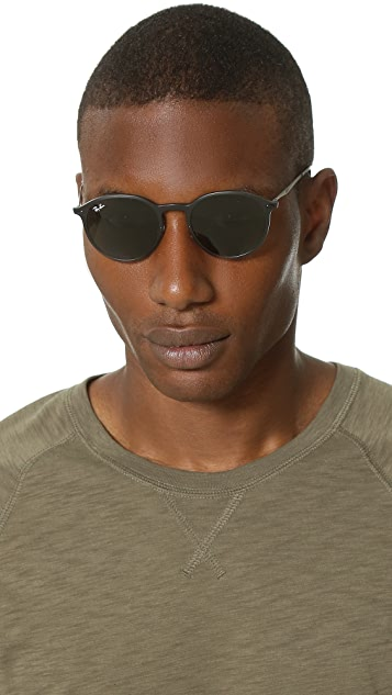 Ray-Ban Lightweight Round Sunglasses with Flash Lens
