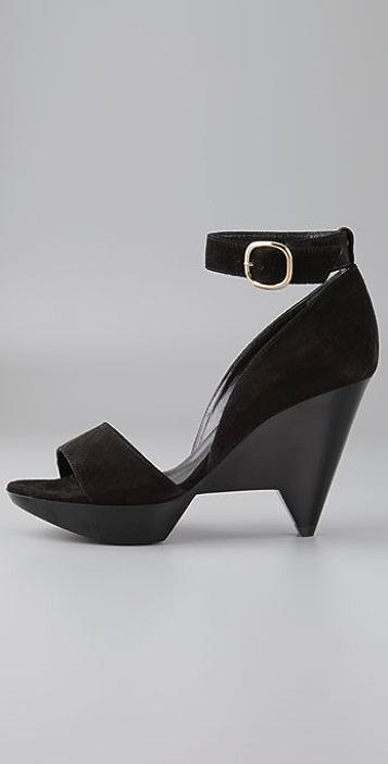Robert Clergerie Dahraw Wedge Sandals