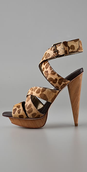 Report Signature Williston Haircalf Sandals