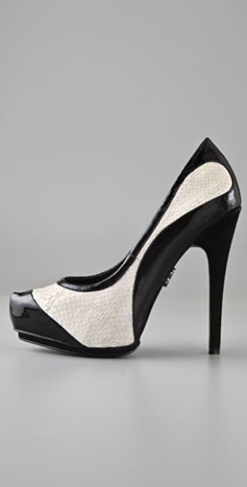 Rock & Republic Habanero Spectator Pumps