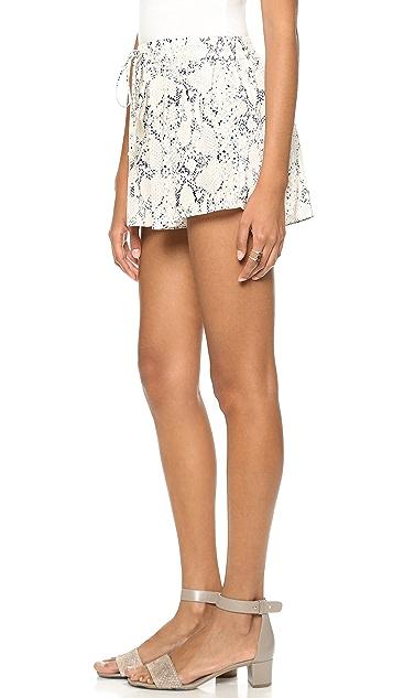 Rory Beca Pae Shorts
