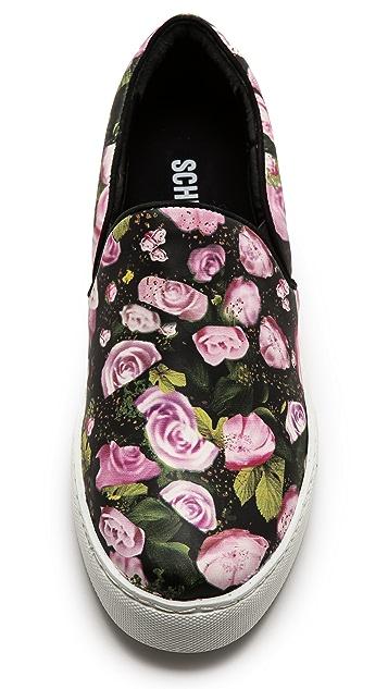 Schutz Rosa Slip On Sneakers