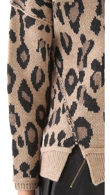 Sea Leopard Pullover