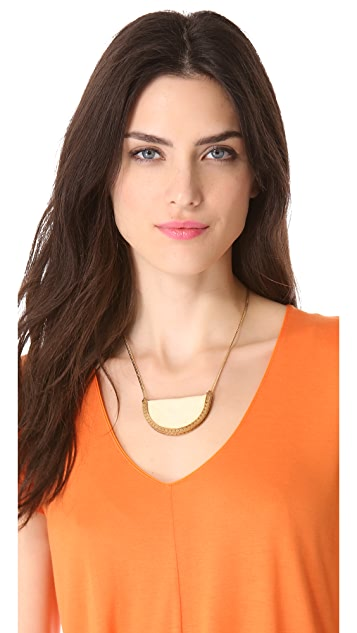 serefina Stingray Crest Necklace