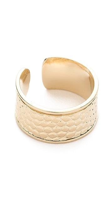 Shashi Etched Ring