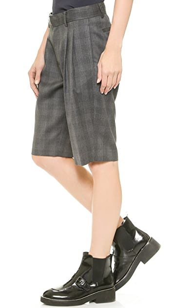 6397 Pleated Shorts