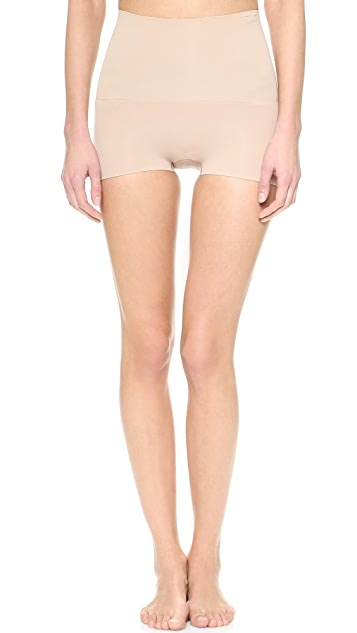 SPANX Haute Contour Shorty Shaper
